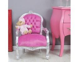 Dekoracyjny fotelik dla dzieci, srebrna rama, różowe obicie.