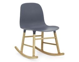 Form Normann Copenhagen niebieskie krzesło bujane, dębowe