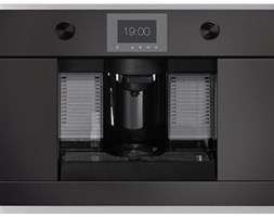Ekspres do kawy Kueppersbusch Comfort+ czrny z listwami na kspsułki CKK 6350.0 S1