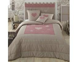 Narzuta na łóżko w szwajcarskim stylu