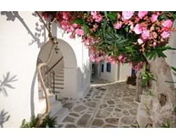 Fototapeta F3718 - Cicha uliczka na wyspie Amorgos