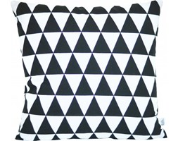 Poszewka dekoracyjna - czarne trójkąty