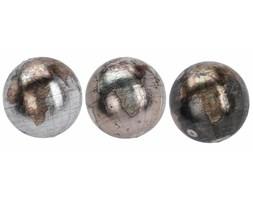 Kule ziemskie w metalicznej poświacie