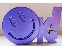Candellana OK Sign Candle świeca dekoracyjna Jest OK! Smile Emotikon outlet II gatunek- Violet Metallic