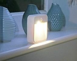 Lampa LED MB720 stick z czujnikiem ruchu na baterie.