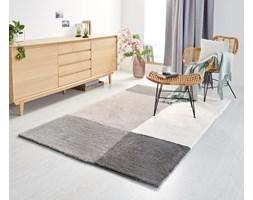 Ręcznie tkany dywan z długim włosem w geometryczne wzory